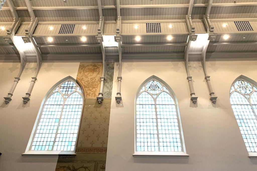 Gotische Fenster der Kirche
